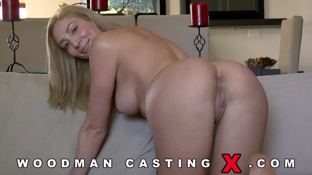 Начинающая порно модель Angelica Saige разделась на кастинге