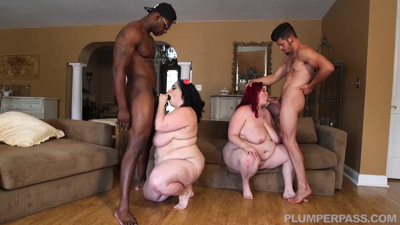 Групповуха с двумя толстячками