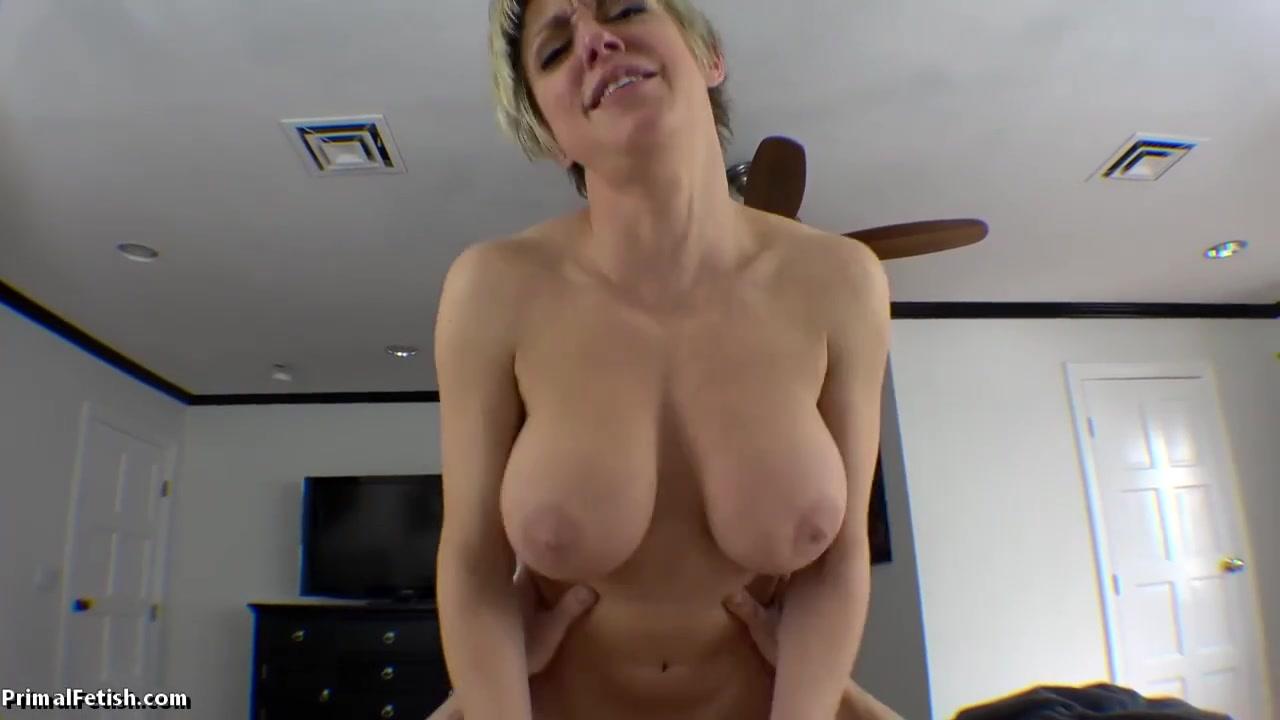 Секс от первого лица со взрослой дамочкой