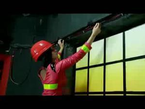 Лесбиянки пожарщицы - скриншот #1