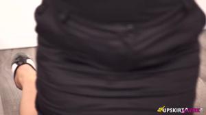 Полнушка в обтягивающем белье презентует проект - скриншот #15