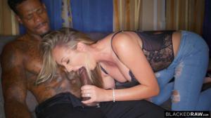 В отместку мужу переспала с черным - скриншот #4