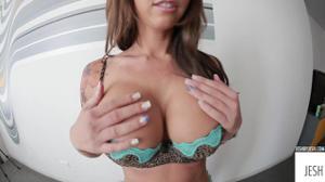 Секс в кровати с Jessica Lynn - скриншот #1
