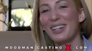 Начинающая порно модель Angelica Saige разделась на кастинге - скриншот #3