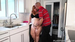 Выеб рыжую толстуху и обкончал жирную жопу - скриншот #5