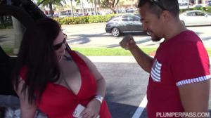 Баба в теле трахается с левым мужчиной - скриншот #2