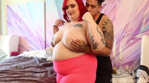 Рыжая толстуха и молодой негр - скриншот #7
