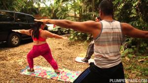 Зачем ей собственно йога? - скриншот #1