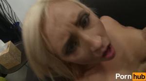 Стройная Джессика и голодный пацан - скриншот #11