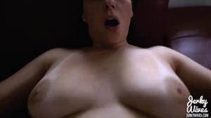 Соблазнительная пыша пердолися в киску - скриншот #6