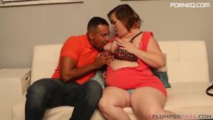 Беременная толстячка ебется с мачо - скриншот #4