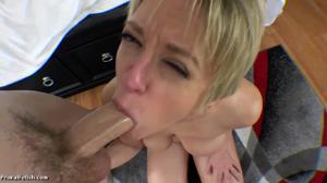 Секс от первого лица со взрослой дамочкой - скриншот #21