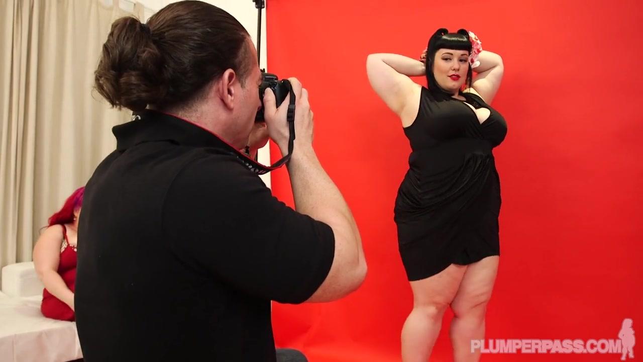 Жирные лесбиянки ебутся с фотографом