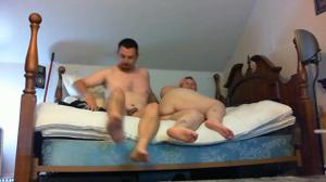 Мужчина гордо ебет толстую жену - скриншот #1