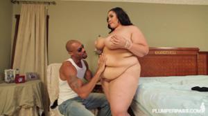 Негр жирную спермой прикормил - скриншот #11