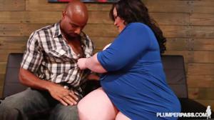 Случайная связь толстухи с негром - скриншот #5