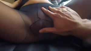 Секс в разодранных колготках - скриншот #3
