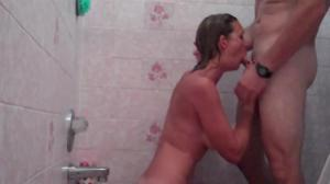 Нагнул любимую в душе - скриншот #3
