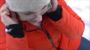 Минет на улице зимой - скриншот #12