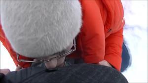 Минет на улице зимой - скриншот #14