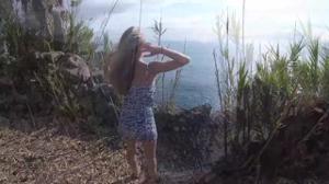 Минет на побережье красивого залива - скриншот #2