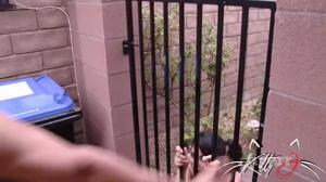 Кубинка пытается избежать депортации - скриншот #21